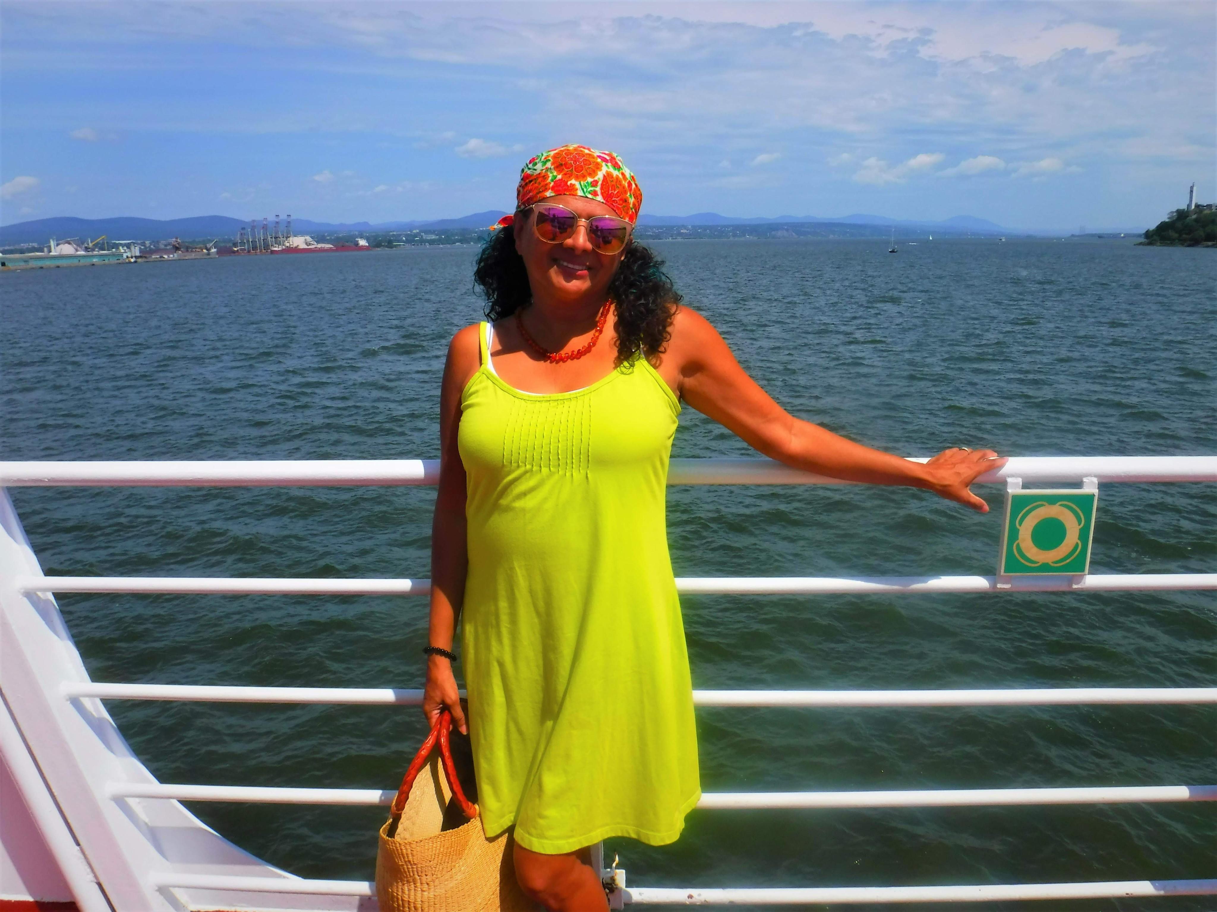 3-rose-ferry