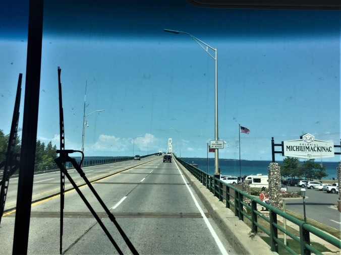 5-mackinac-bridge-approach