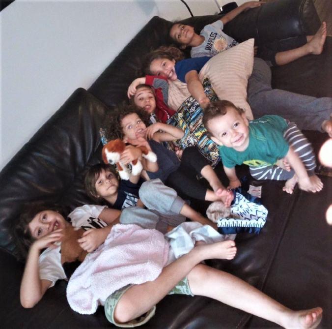 3-a-gaggle-of-lindas-grandkids